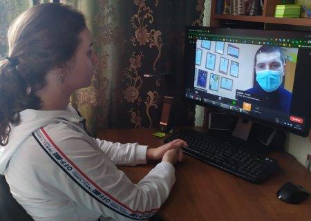 Обучающиеся филиала РЭУ им. Г.В. Плеханова в г. Пятигорске приняли онлайн участие в работе круглого стола на тему «Наркомания – острая проблема современности»
